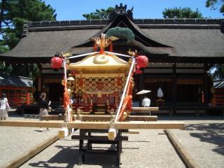 住吉大社第一本宮と神輿