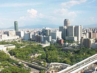 大阪の新世界 通天閣�