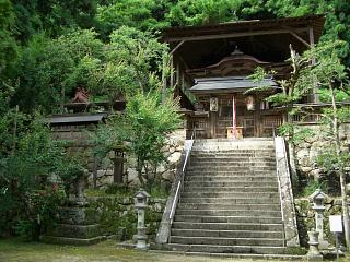 奈良の縁結びスポット 與喜天満神社