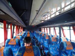 1 バス.JPG