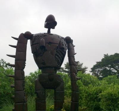 曇天のロボット兵