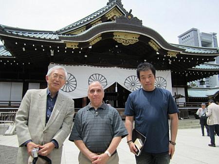 外山昭平氏(左)とテキサス親父