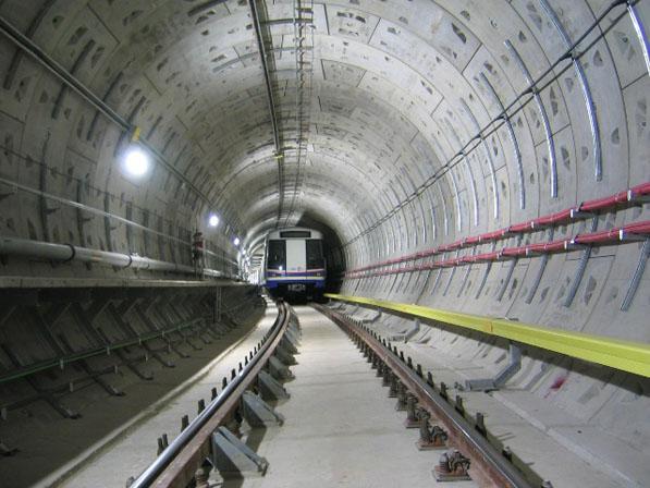 地下鉄工事