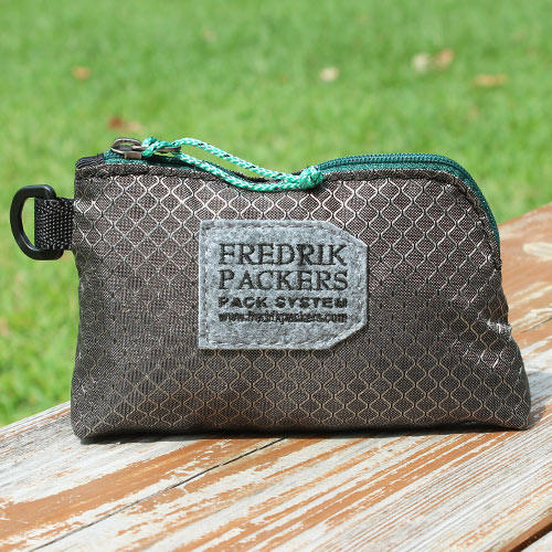 TRAIL WALLET GRAY