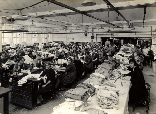 Top MachineRoom From N.W. 1927 (500x366).jpg