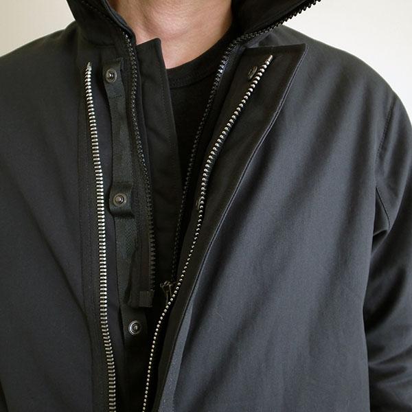 アクロニウム コート ブラック.jpg
