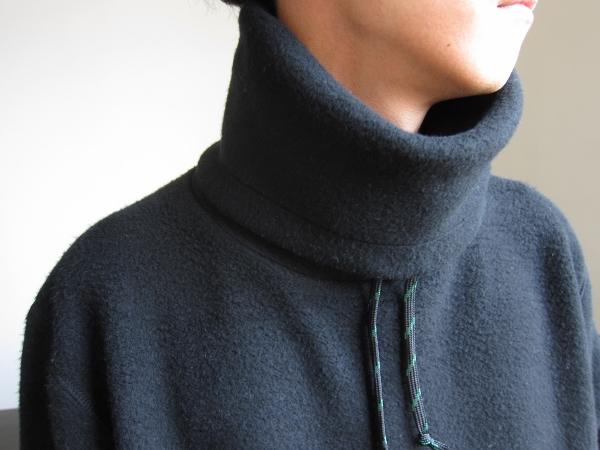 ONES STROKE ワンズストローク MocoLoose turtleneck Sweater black 2.jpg