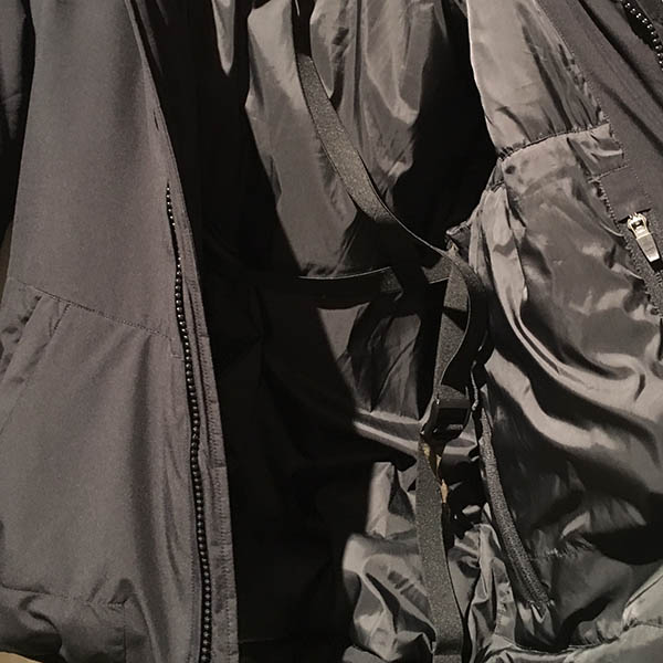 アクロニウム jacket sling.jpg