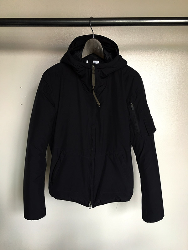 アクロニウム Windstopper Climashield Hooded Jacket.jpg