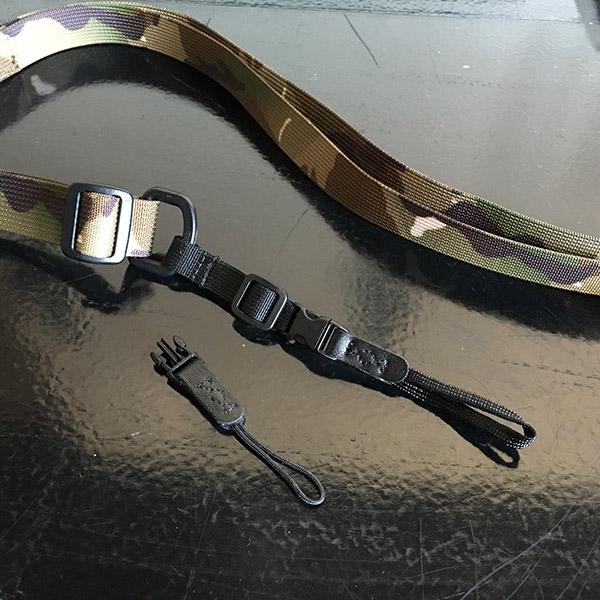 dsptch camera sling strap コネクター.jpg