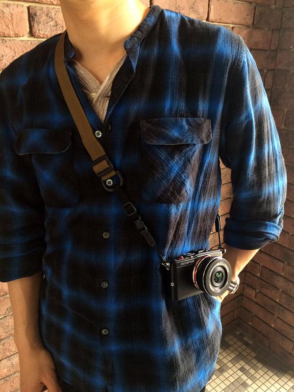 ディスピッチ camera sling strap standard coyote.jpg