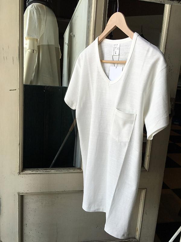 ID DAILYWEAR Vネック半袖Tシャツ.jpg