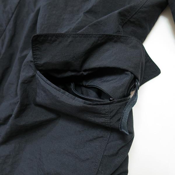 TEATORA デバイスジャケットのポケット.jpg