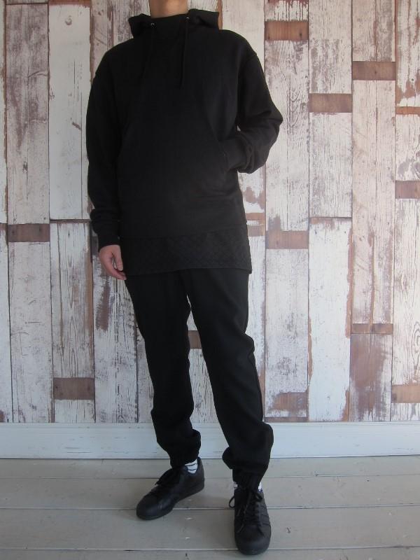 JOHN ELLIOTT ジョンエリオット KAKE MOCK PULLOVER & SASHIKO EXTENDED CLASSIC CREW.jpg