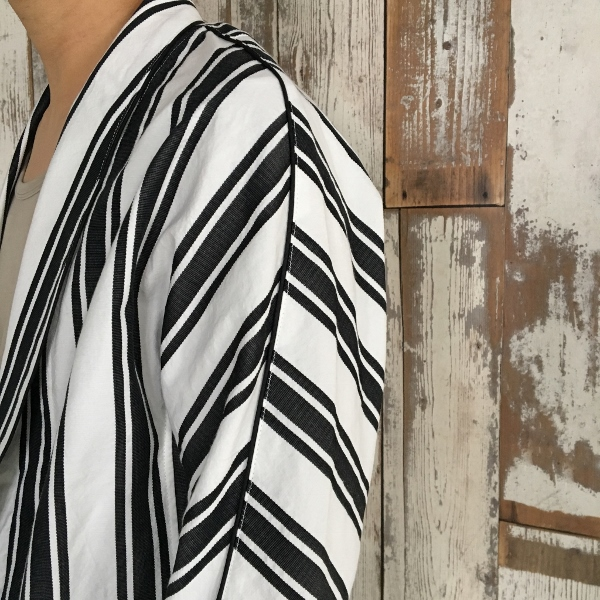 Name. ネーム STRIPED DOLMAN ROBE 4.jpg