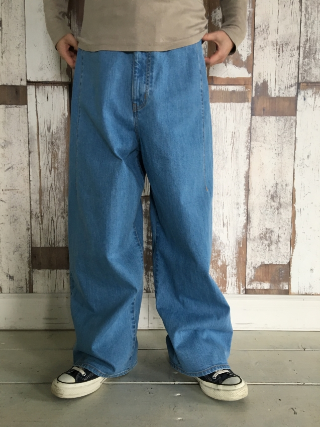 Name. ネーム stretch denim wide pants bleached 2.jpg