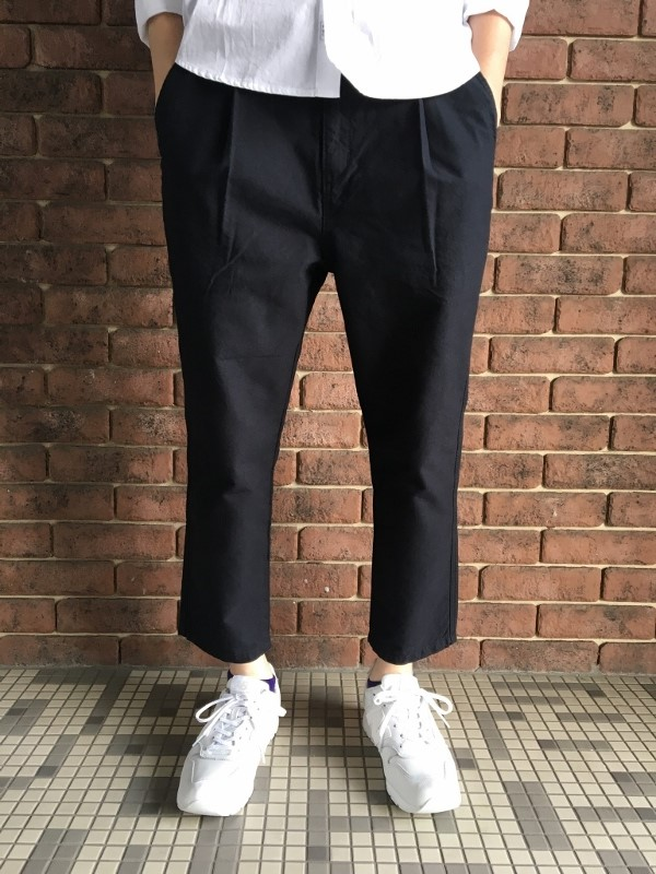 ONES STROKE ワンズストローク Oxford Chanbray Onetuck Pants 5.jpg