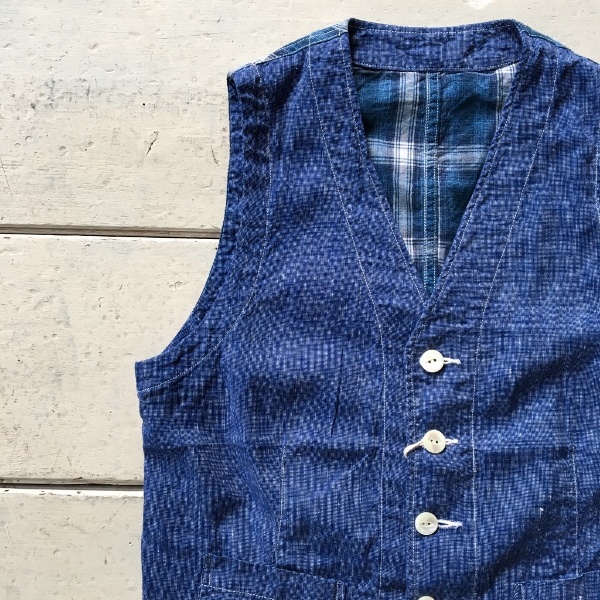 The Stylist Japan ザスタイリストジャパン Chambray Vest 1.jpg