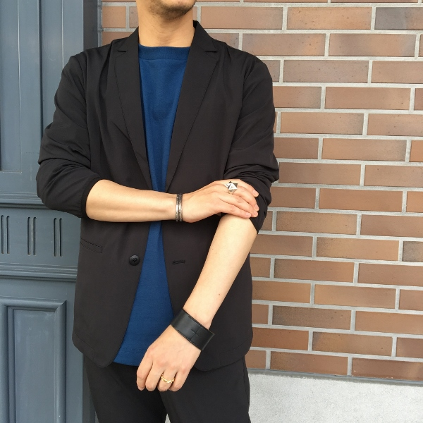 Chari&Co チャリアンドコー FORMAL PACKABLE JKT & CIRCLE LOGO PKT TEE 2.jpg