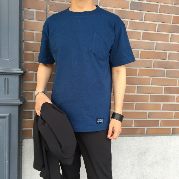 Chari&Co チャリアンドコー FORMAL PACKABLE JKT & CIRCLE LOGO PKT TEE 4.jpg