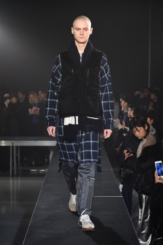 Name. ネーム PLAID COTTON ZIP UP COAT 999.jpg