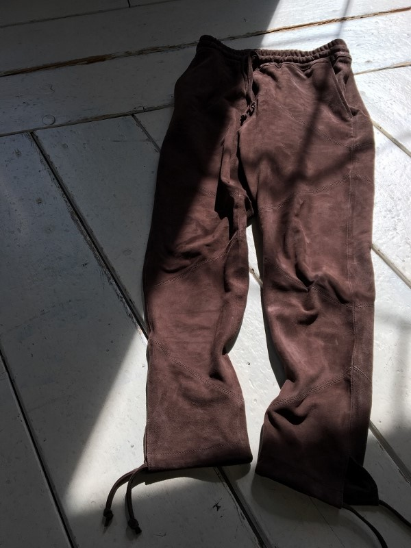 Marea Erre マレアエッレ suede long pants brown 1.jpg