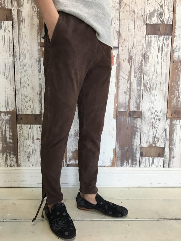 Marea Erre マレアエッレ suede long pants brown 5.jpg