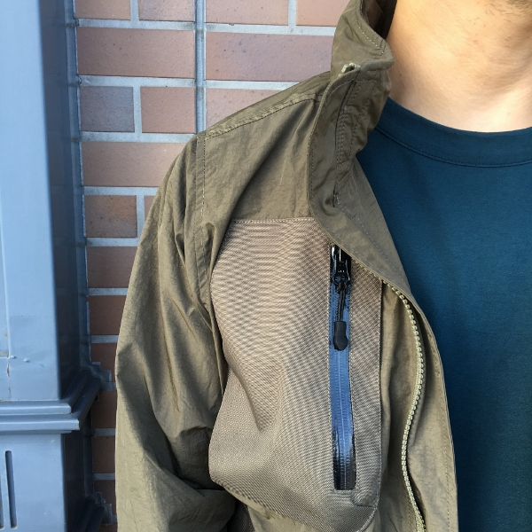 JOHN ELLIOTT ジョンエリオット high Shrunk Nylon Parachute Jacket 3.jpg
