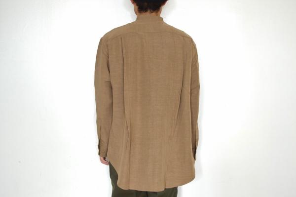 WEWILL ウィーウィル ノーカラーシャツ beige 4.jpg