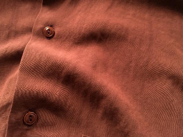 WEWILL ウィーウィル ノーカラーシャツ terracotta 6.jpg