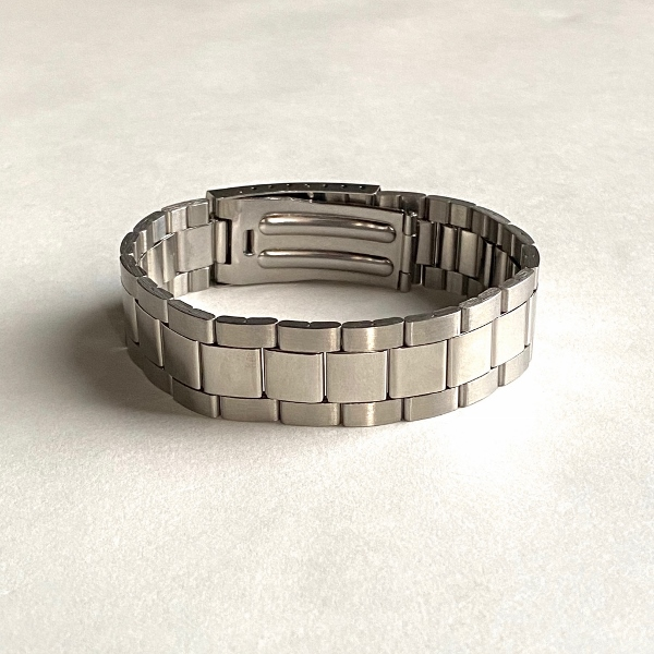 Maison Margiela メゾンマルジェラ Watch Strap Bracelet 3.jpg