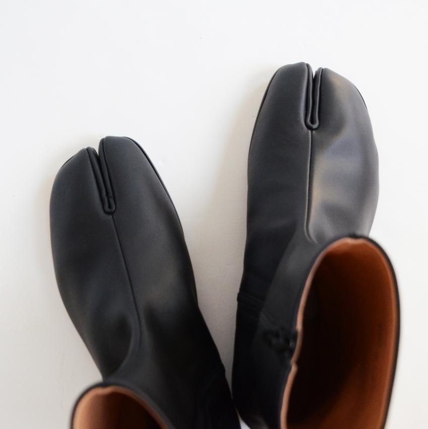 Maison Margiela メゾン マルジェラ TABI ANKLE FLAT 足袋ブーツ 2.JPG