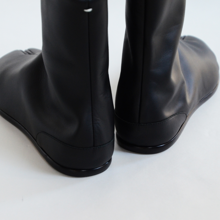 Maison Margiela メゾン マルジェラ TABI ANKLE FLAT 足袋ブーツ 3.JPG