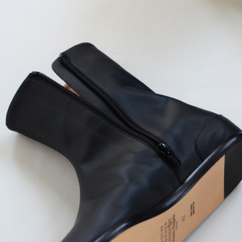 Maison Margiela メゾン マルジェラ TABI ANKLE FLAT 足袋ブーツ 6.JPG