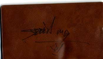 DerrickMayのサイン