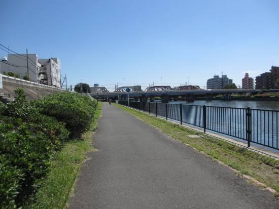 東海道本線の鉄橋