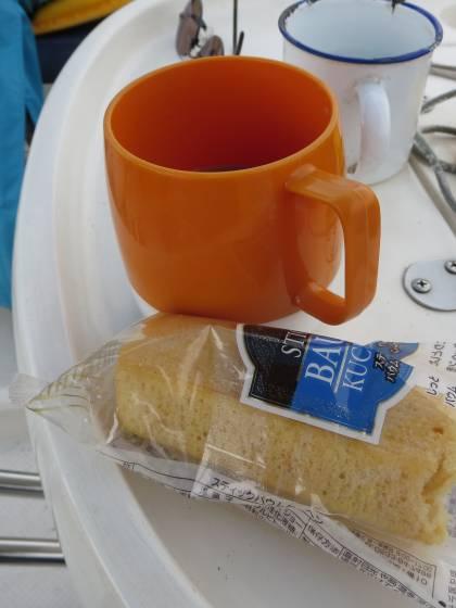 2014-07-18_1437_水遊びが済んだらコーヒーとバウムクーヘン_IMG_6606_ts.JPG