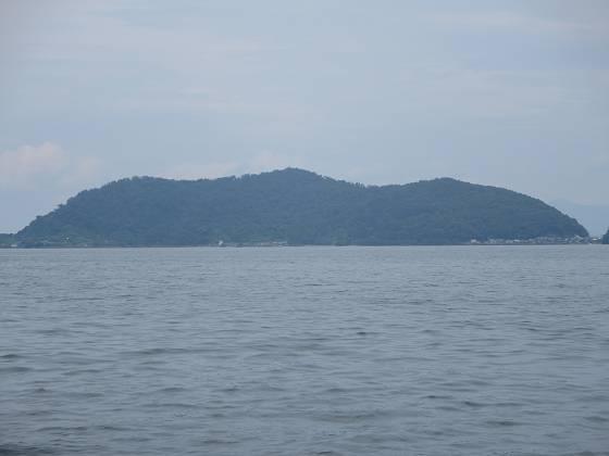 2014-07-18_1239_沖島の手前で風も弱まったのでタック_IMG_6598_s.JPG