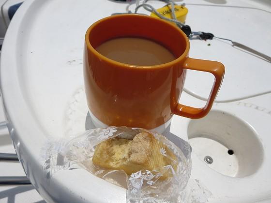2015-05-14_1151_食補のコーヒーとバウムクーヘン_IMG_3414_s.JPG