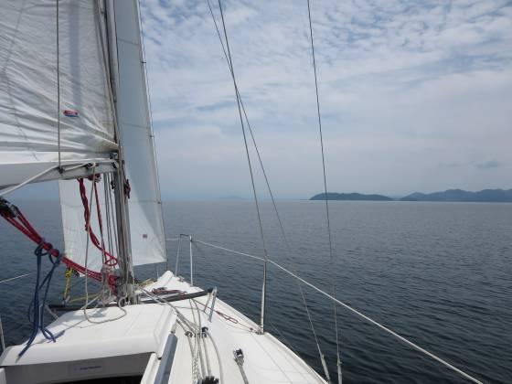 2015-07-03_1203_風が南に回り沖島北端直行コース_IMG_4730_s.JPG