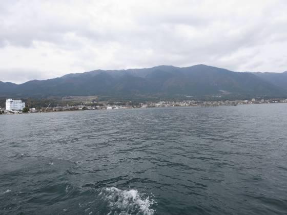 2015-11-21_1018_出港直後の比良の山並み_IMG_6375_s.JPG