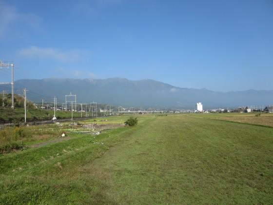 2017-10-27_0926_霧が晴れた比良の山並み_IMG_2193_s.JPG