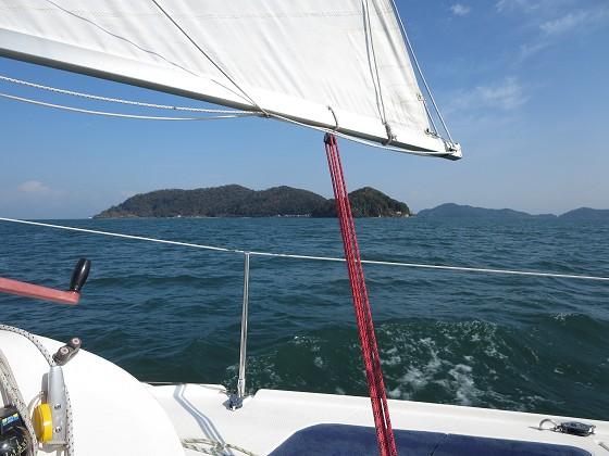 2017-11-15_1140_タックして沖島南から北小松方向へ_IMG_2654_s.JPG