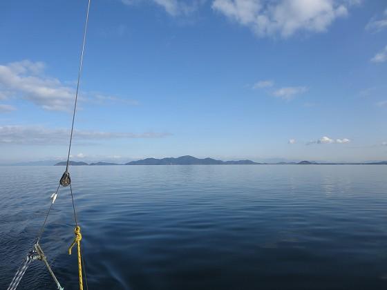 2017-12-15_1417_東の沖島の方向も青空が広がっている_IMG_3495_s.JPG