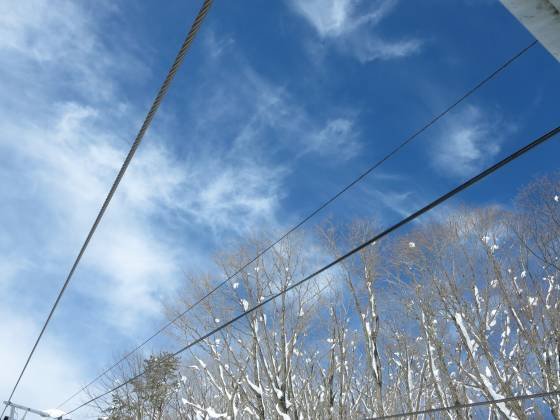 2018-01-15_1058_ハンの木第1クワッドリフトの上空に雲の流れ_IMG_3876_s.JPG