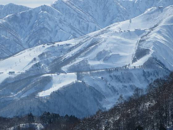 2018-01-15_1222_ハンの木コース中間から八方スキー場_IMG_3893_s.JPG