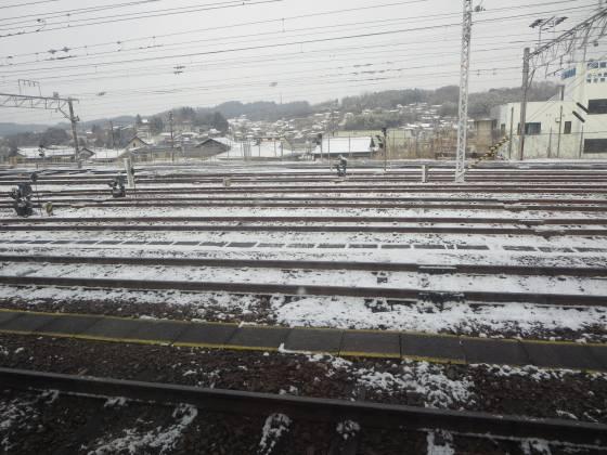 2018-02-13_0849_中津川駅構内の雪_IMG_4182_s.JPG