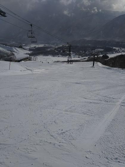 2018-02-18_0848_白樺ゲレンデ最上部右側から_DSC_0099_s.JPG