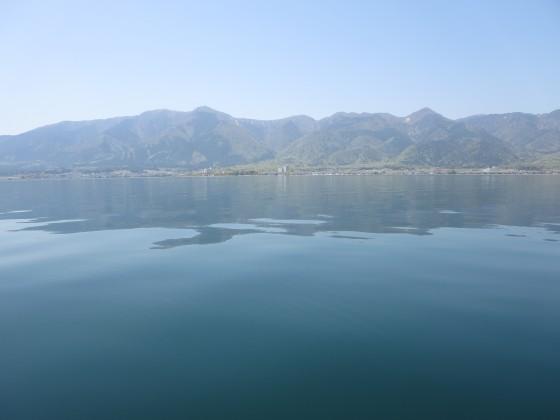 2018-04-20_1226_湖面に映る比良の山並み_IMG_0266_s.JPG