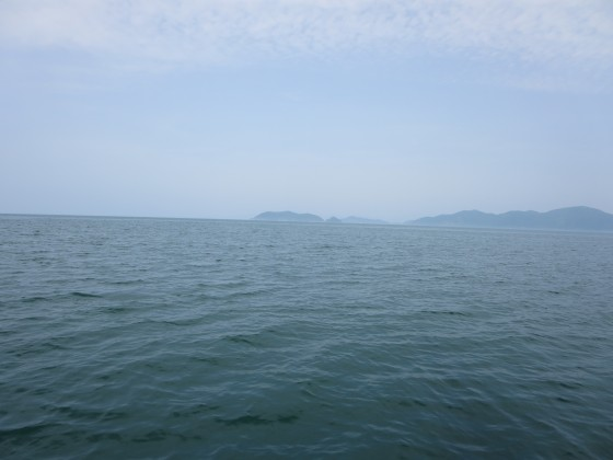 2018-05-16_1443_東に見える沖島_IMG_0696_s.JPG